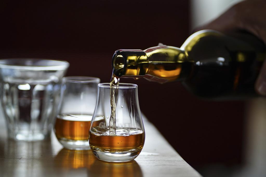 Dlaczego P. nienawidzi whisky z colą?