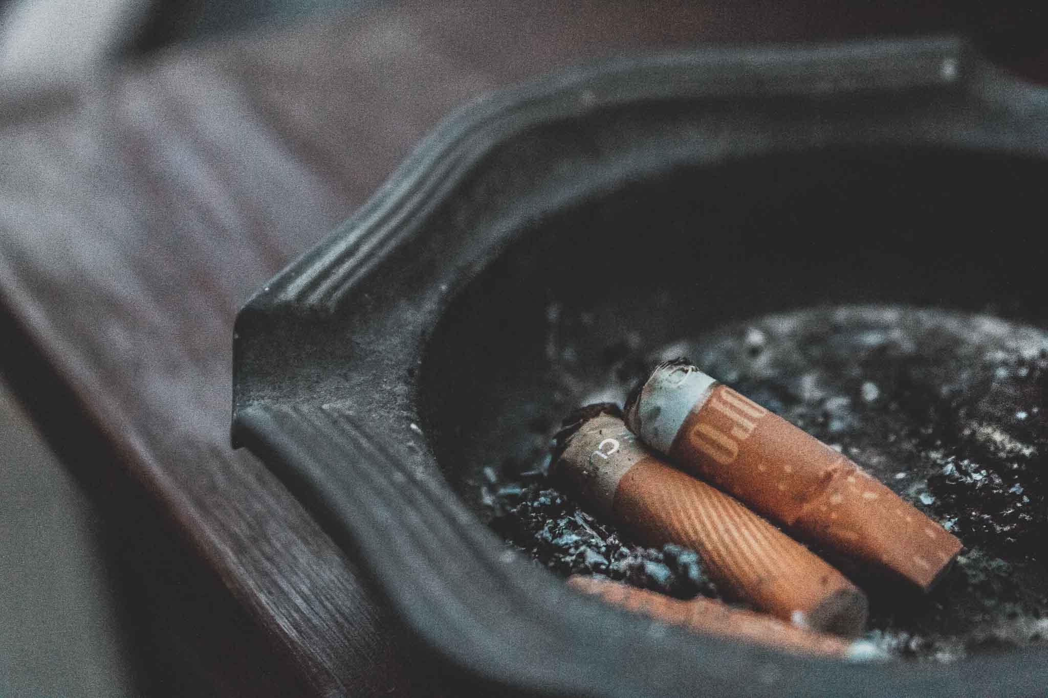Jak rzucić palenie i nie przytyć? Niezbyt poważny poradnik na ważny temat