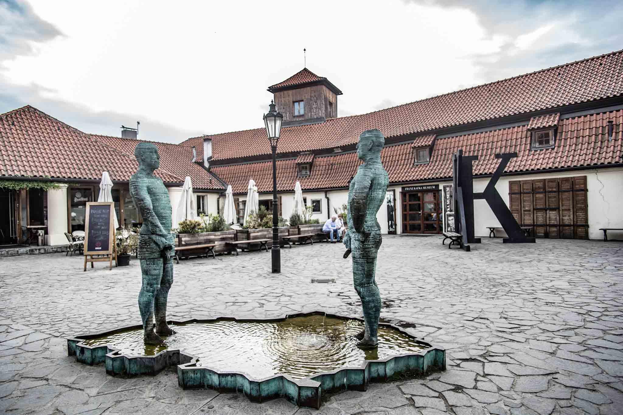 Muzeum Kafki w Pradze: ciemno, duszno, dziwnie