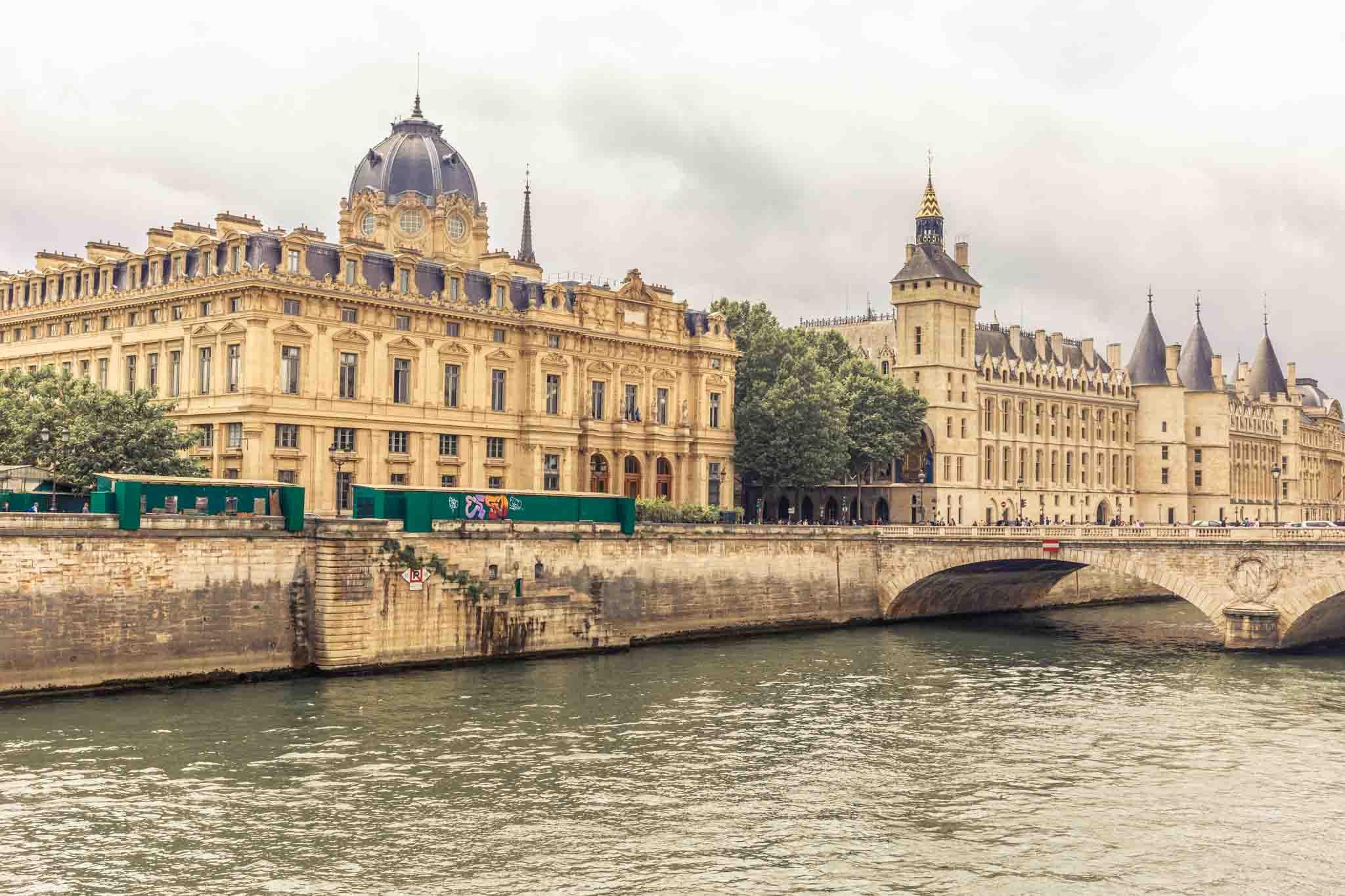 Gdzie na weekend? Paryż w dwa dni (dzień pierwszy, spacer)