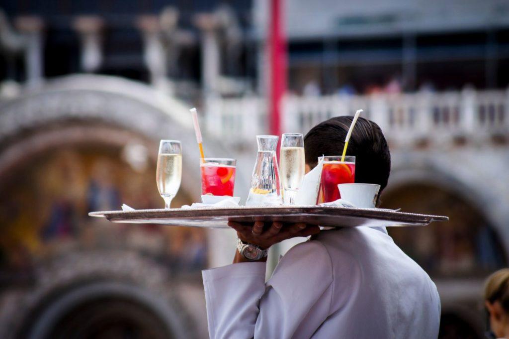 Główne grzechy kelnerów