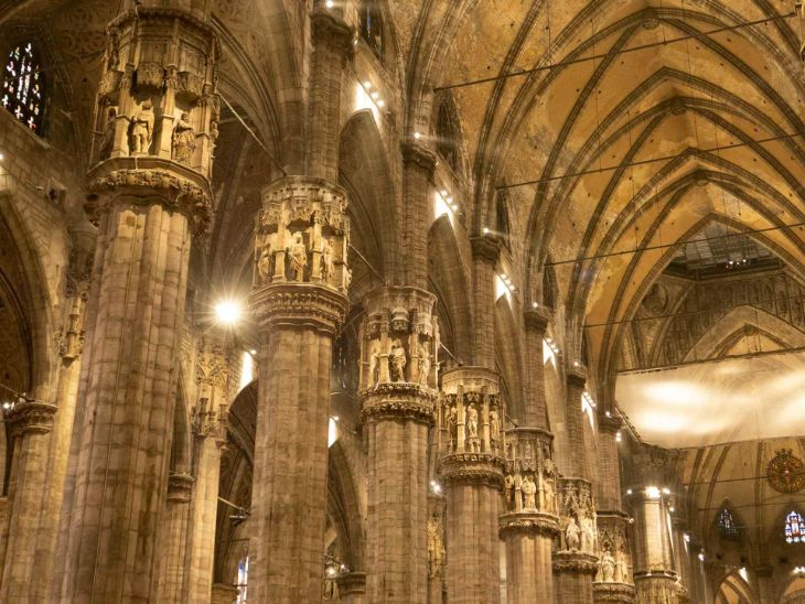 katedra narodzenia marii w mediolanie